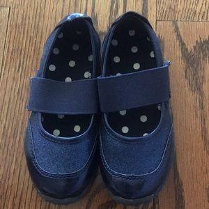 Children's place blue shoes